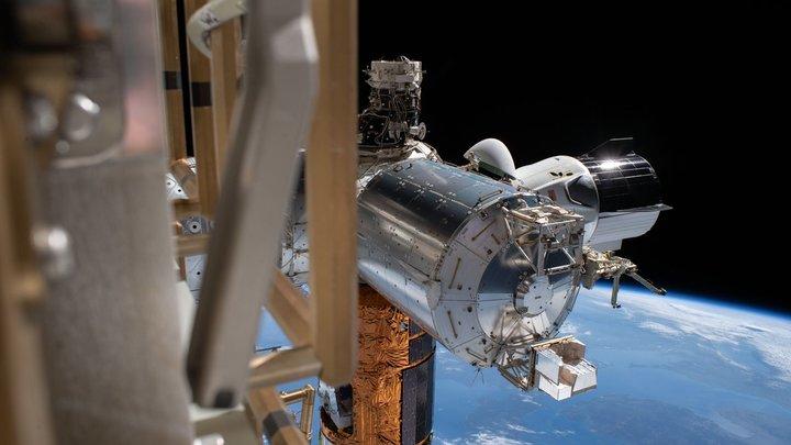 Посадке SpaceX может помешать стихия: Вместе с кораблём Маска к берегу Флориды движется ураган