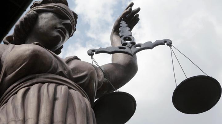 Миллионы на штрафах: 19 новосибирцев без масок в транспорте отдали под суд