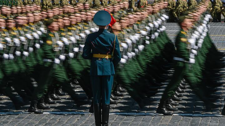 Что привело к инциденту на Красной площади: Всплыли новые подробности о судьбе солдата