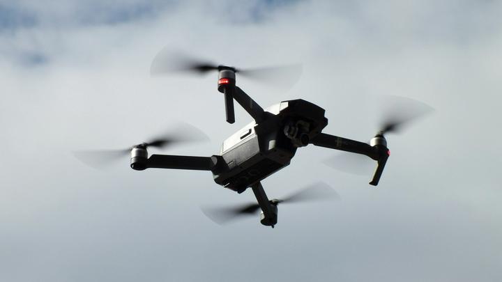 Можно попасть на деньги: Дачникам напомнили о запрете сбивать дроны