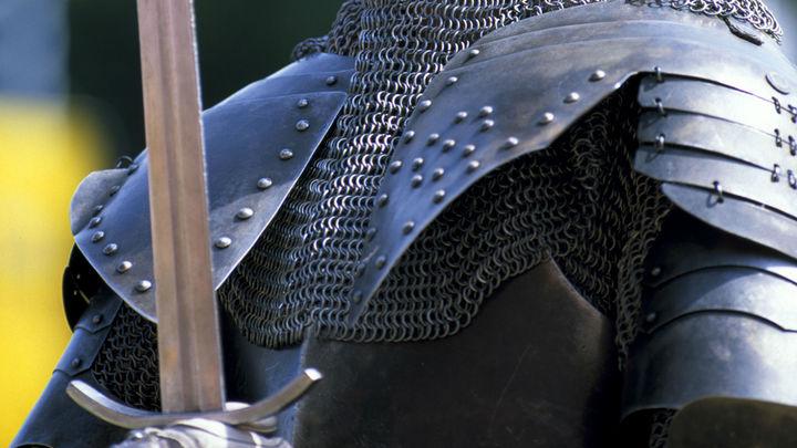 «Это будущая королева»: Шведов восхитила девочка, отыскавшая полуторатысячелетний меч