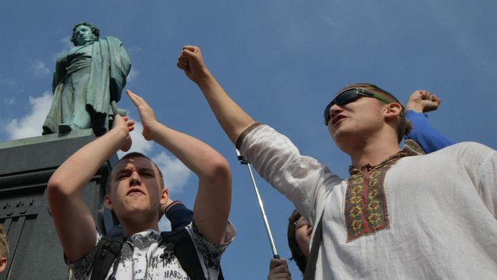 «В бунте молодых всегда виноваты взрослые»: эксперт о связи Керчи и Архангельска