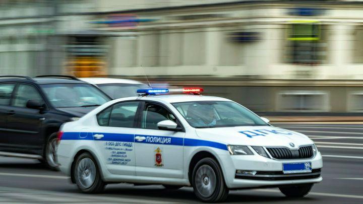 Пассажирка такси пострадала в ДТП с элитным внедорожником в Екатеринбурге