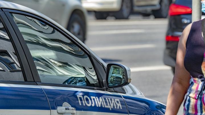 Убийство из-за долга? Расстрел в стиле 90-х в Краснодаре попал на камеру наружного наблюдения