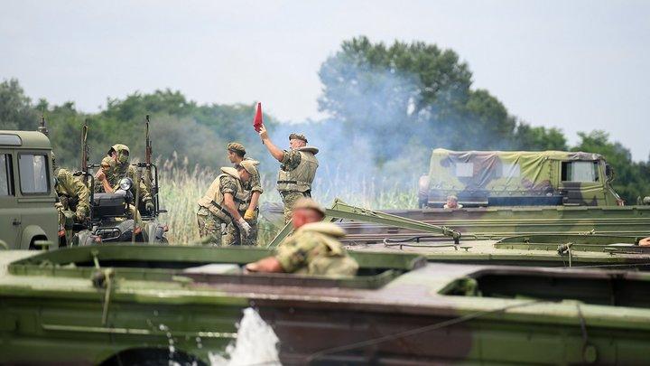 Россия отправила войска к границе Белоруссии - ответила на провокации