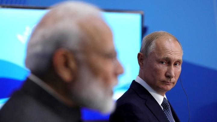 Очень хорошо, Моди: Русский твит премьера Индии о встрече с Путиным впечатлил его народ