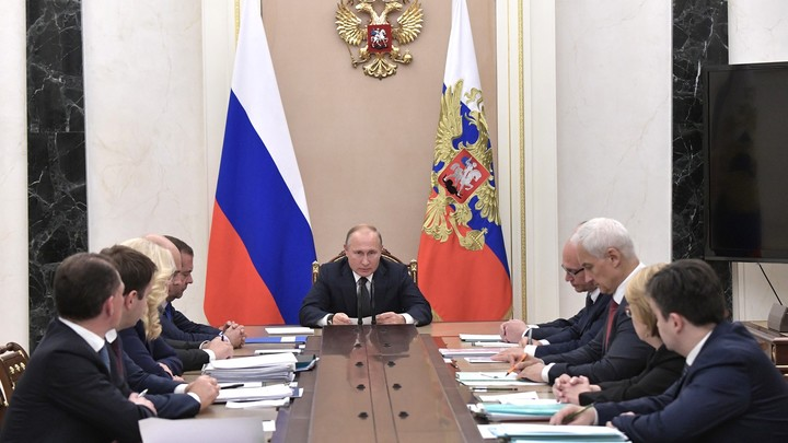 Преемник Путина. Имена трех кандидатов на пост президента России