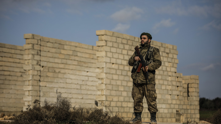 Пентагон считает потери: В Сирии партизаны атаковали еще одну колонну американских армейцев