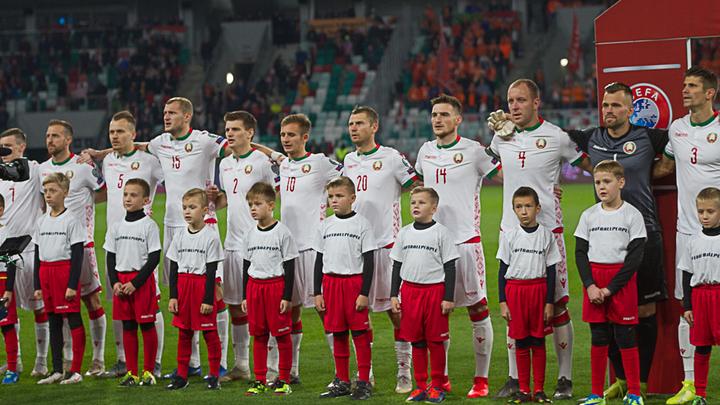 Главный тренер сборной Беларуси остался доволен командой после проигрыша Уэльсу