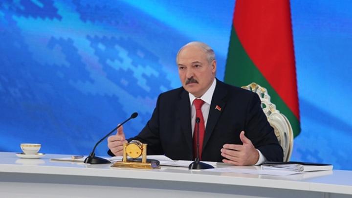 Лукашенко: Белоруссия не намерена выходить из Союзного государства