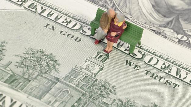 Атеисты не смогли убрать с долларов надпись «Мы верим в Бога»