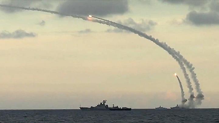 Ракетный фрегат Адмирал Эссен сокрушил командные пункты Исламского государства