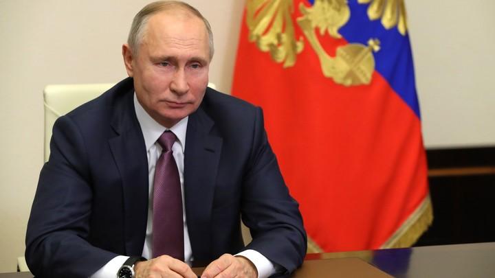 Путин не будет стрелять себе в ногу: Песков афоризмом ответил на вопрос об Украине