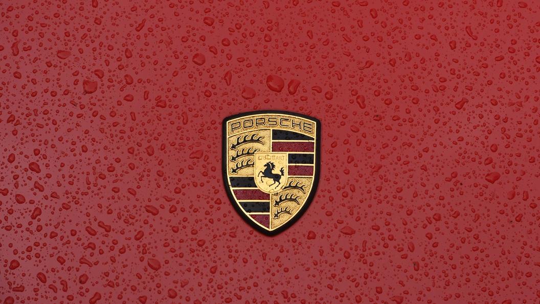 Стали известны детали опервом электромобиле Порше