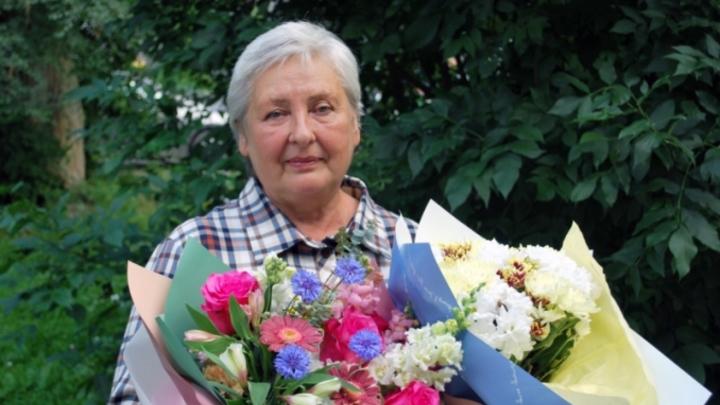 Отец выпавшего из окна в Новокузнецке ребенка заплатил спасительнице тысячу рублей