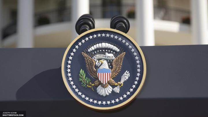 Фейк-ньюс не удалось очернить экс-помощника Дональда Трампа