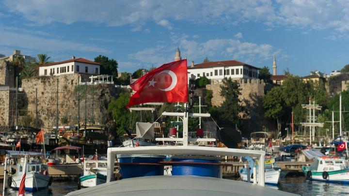 Русский турист оказался в больнице после стычки с полицией Турции