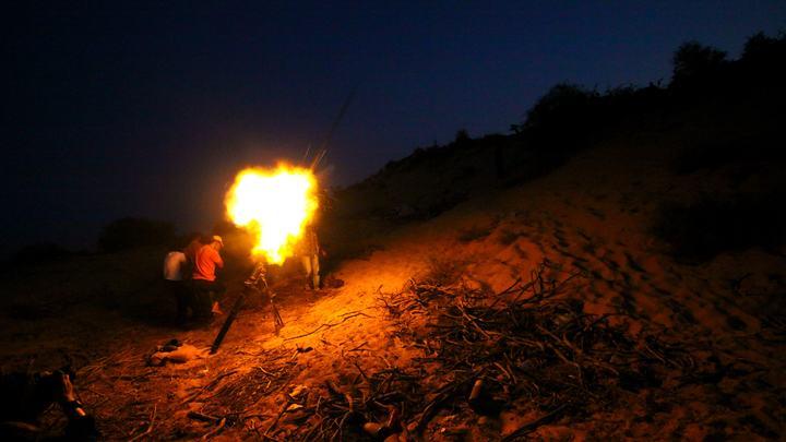 Триполи в огне: Фотографии ливийской столицы после обстрела авиацией. Есть погибшие и раненые