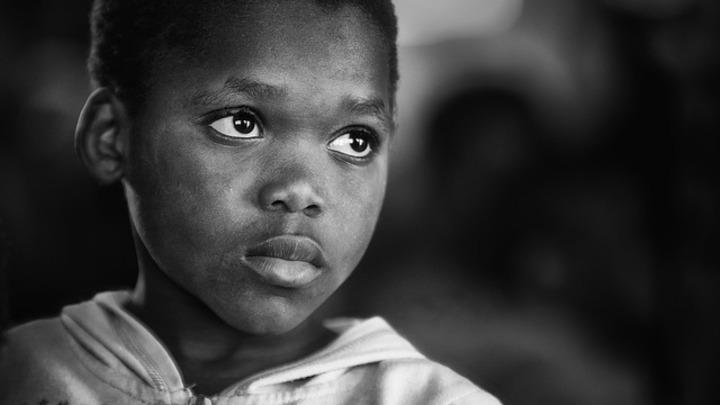 Кенийский учитель наказал смертью 10-летнюю школьницу за неумение читать