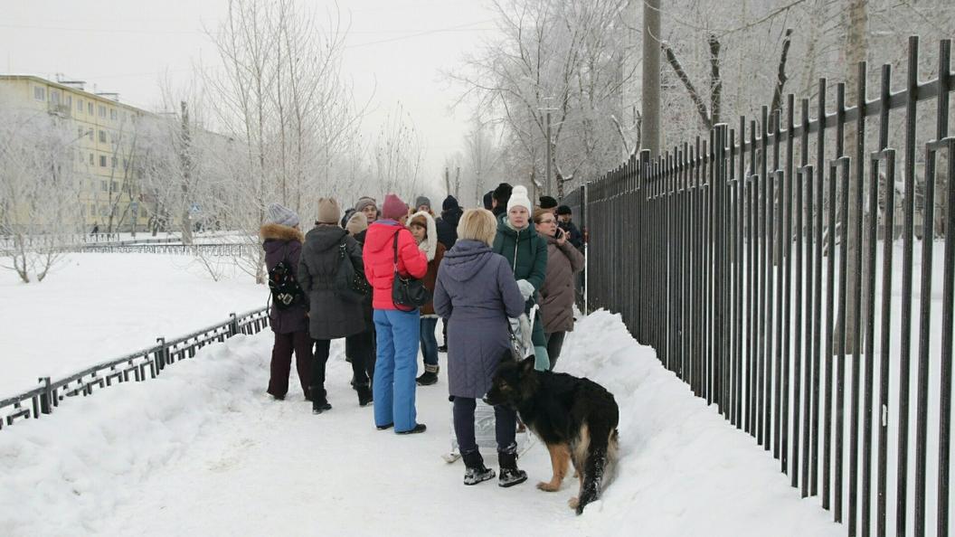 Ученик школы вПермском крае поведал, что нападающие все делали молчаливо