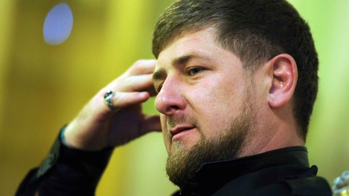 Кадыров дал Медведеву нажать на кнопку своего смартфона