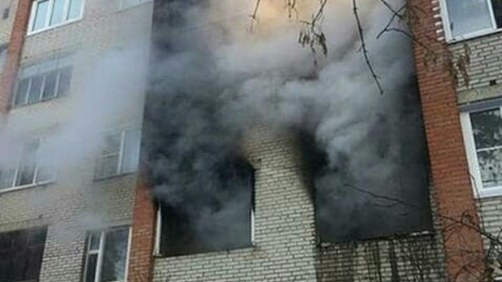 В Екатеринбурге школьники кинулись в огонь, чтобы спасти немощных стариков