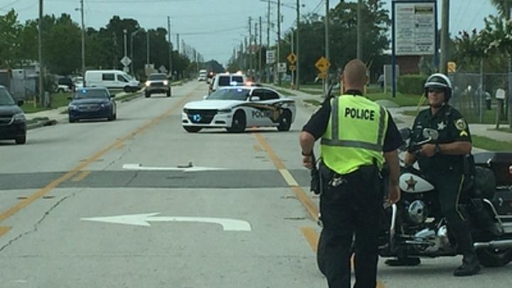 Брат стрелка во Флориде арестован за катание на скейте в школе, где Круз убил учеников