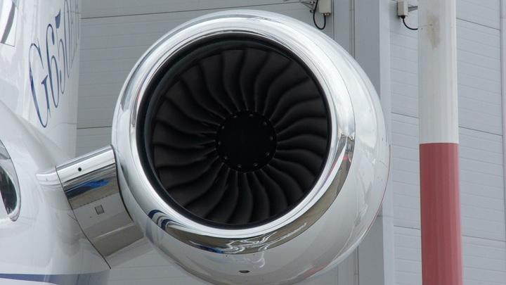 В Саратовских авиалиниях опровергли информацию об остановке полетов