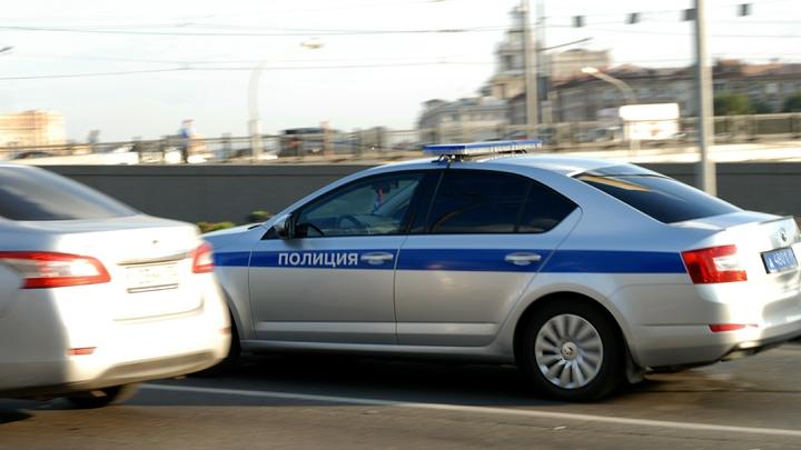 Крупная авария в Москве: Камера засняла, как иномарка таранит автомобили на встречке