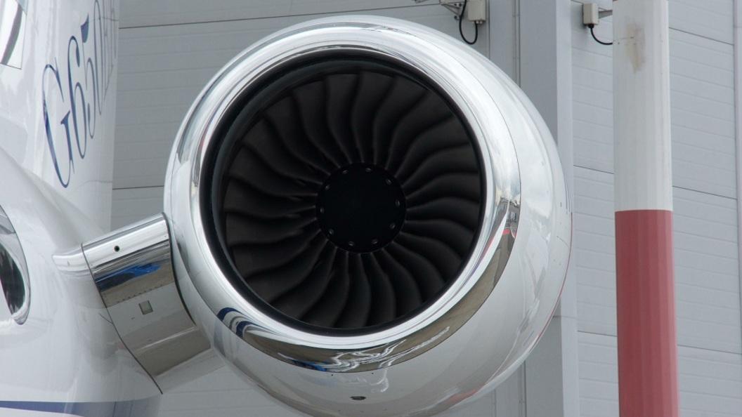 «Уральские авиалинии» и«ЮТэйр» отменили некоторые рейсы вТаджикистан