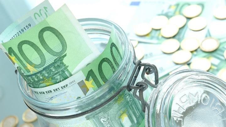 С инвестициями не сложилось: Приток валюты пополнил резервы и ускорил вывод капитала
