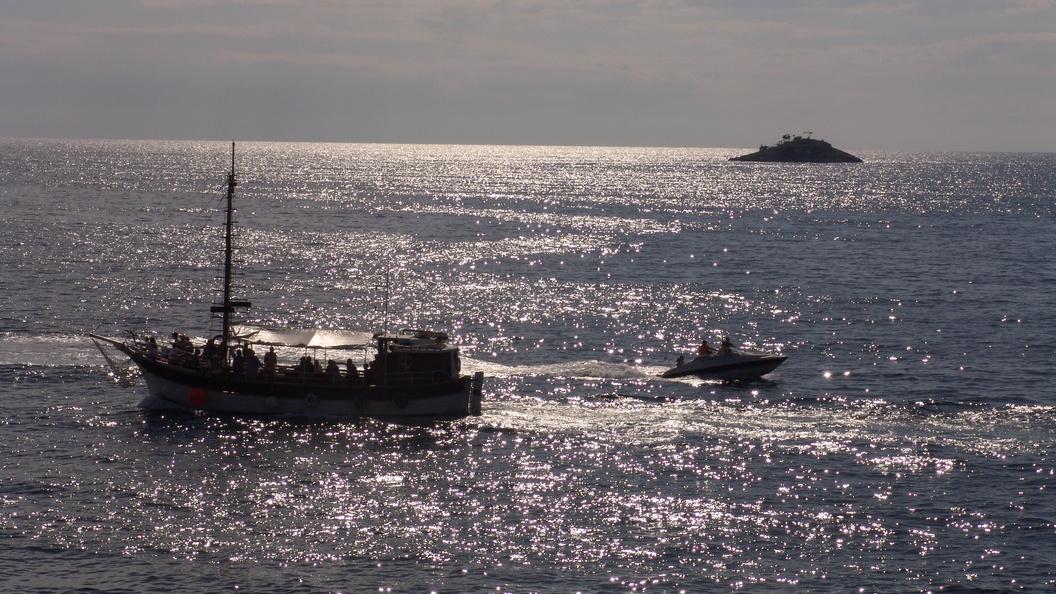 Русский экипаж танкера вОАЭ подал знак SOS