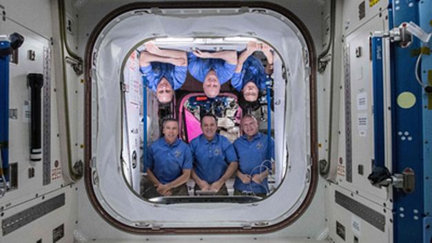 Космос в приоритете: Путин уступил свое слово экипажу МКС