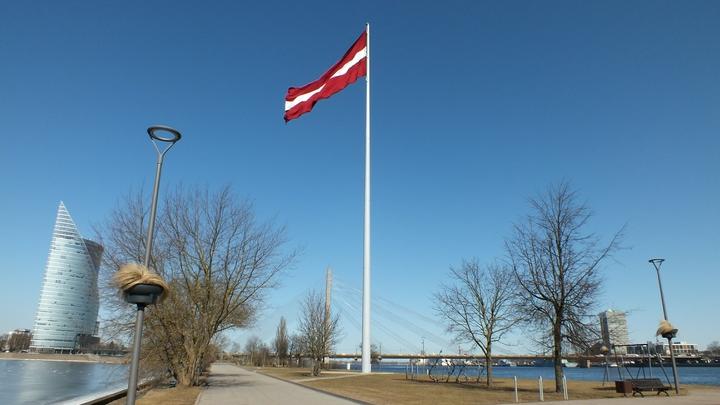 Чтобы «защитить» Европу от России, Латвия готова репрессировать собственные банки
