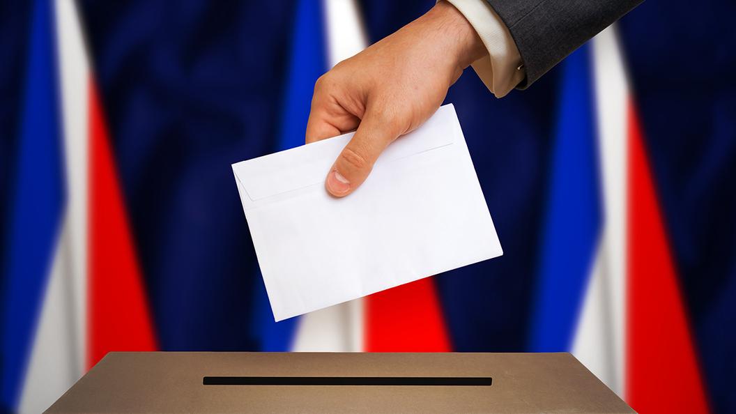 Выборы: Макрон нужен системе, чтобы удержать Францию в Евросоюзе