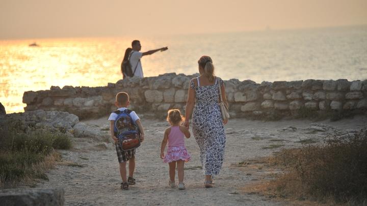 В Крыму восстановлено энергоснабжение после грозы