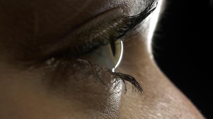 Через глаза в организм могут попасть смертельные белки-прионы, предупредили ученые