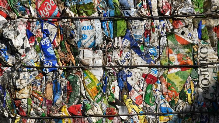 Пора американскому мусору валить домой: Страны во главе с Китаем объединились против США