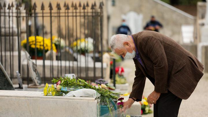 Американцам раскрыли жуткую правду о ковидной яме: Ещё ни один пациент не выжил