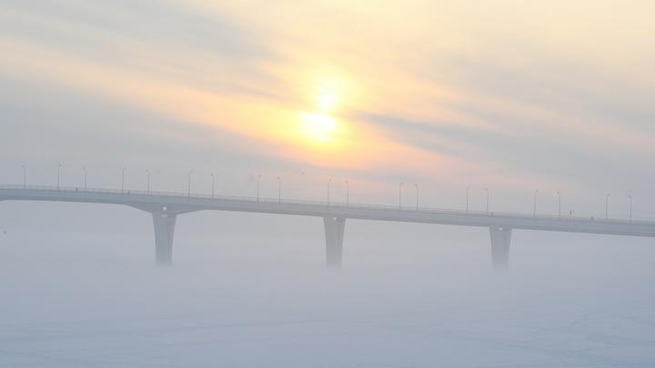 Штормовое предупреждение: в Ленобласти весна начнется с неприятных погодных сюрпризов