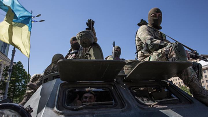 Украина стягивает вооружения клинии соприкосновения, сказали вЛНР
