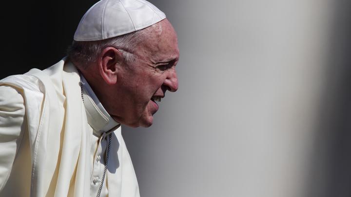 Папу Римского обвинили вукрывательстве педофила