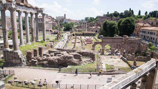 В Риме обрушилась церковь, построенная на месте заключения апостолов Петра и Павла