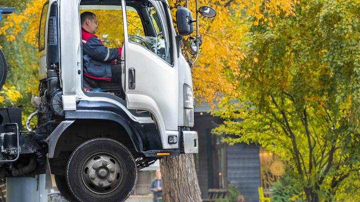 В России отменили обязательную зимнюю резину для грузовиков