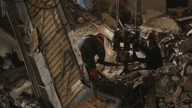 Трагедия в Магнитогорске: Людей под завалами может оказаться больше, считает спасатель