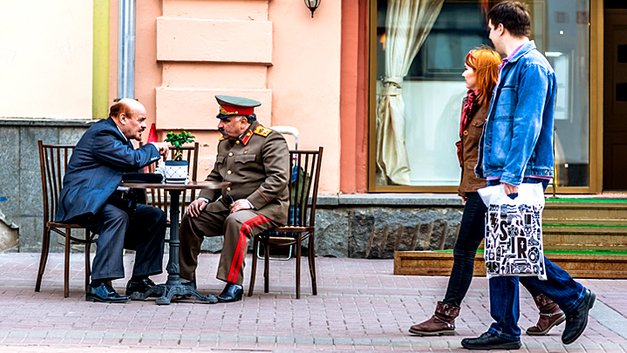 Ленин и Сталин заложили под Россию бомбу. Началось разминирование