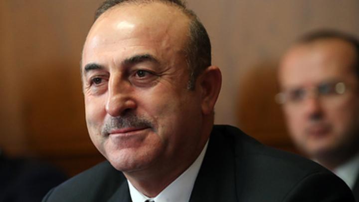 ″Ни у кого разрешения не берем″: Глава МИД Турции подтвердил возможность операции в Сирии без оглядки на США