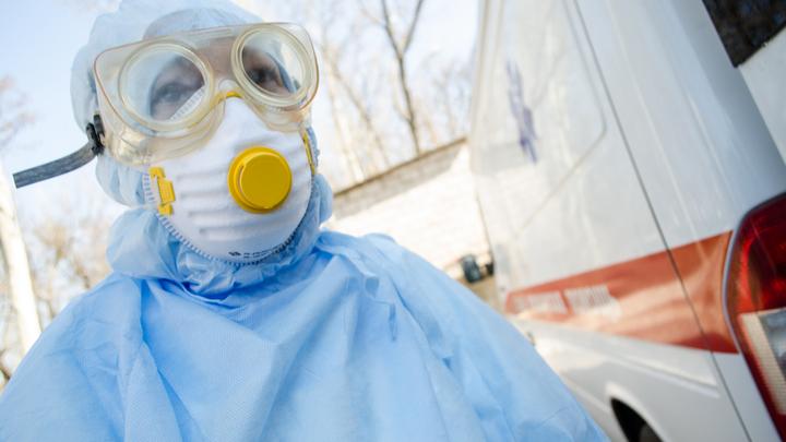 Ситуация критическая: В Латвии почти кончилась защита от коронавируса для врачей