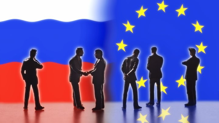 Запад слил Украину: Политолог успокоил украинских блогеров