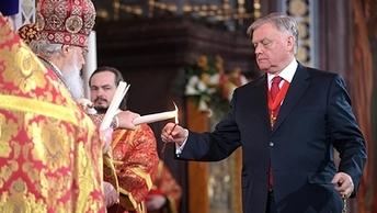 Благодатный огонь из Иерусалима в Москву привезет священник-путешественник Федор Конюхов